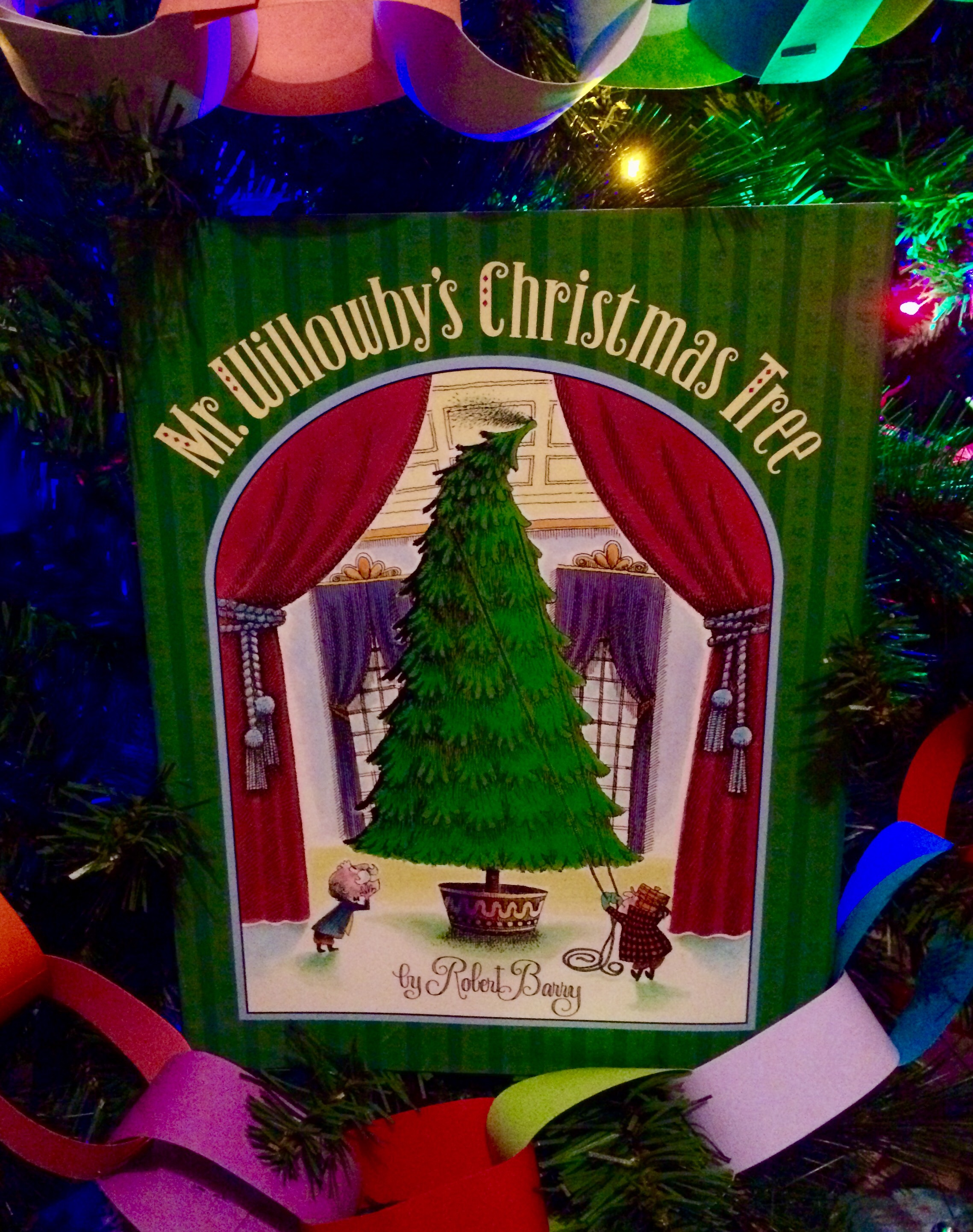 Mr. Willowby\'s Christmas Tree Archives - Homegrown Reader
